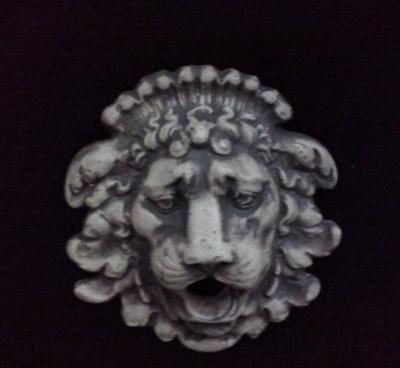 Орнамент Лъвска глава