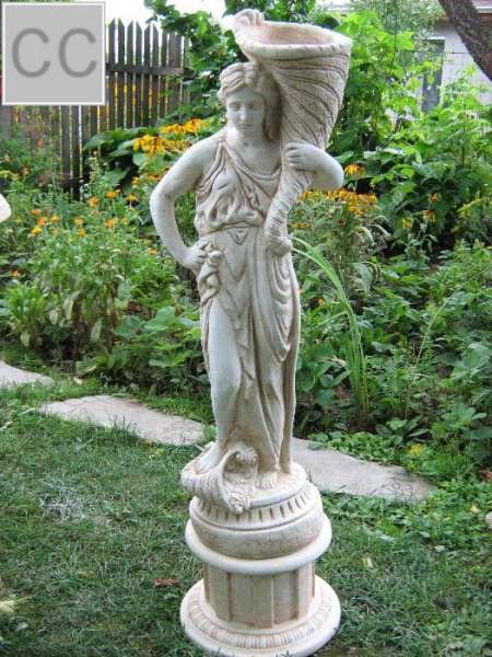 Рогът на изобилието - статуя