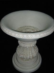 Трапезна маса основа с орнаменти 3