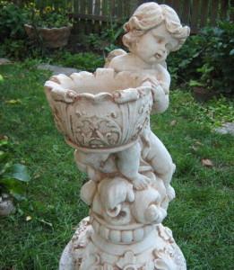 Статуетка Ангелче с кашпа 3