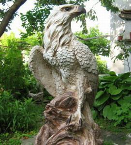 Статуя Орел 3