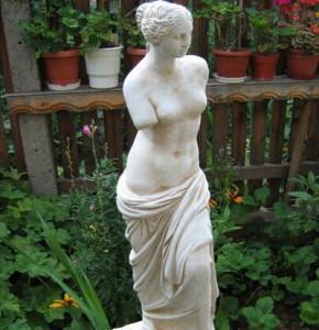 Статуя Венера Милоска - за градината 4