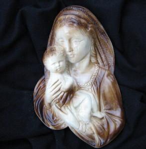 04 - Богородица за стена 3
