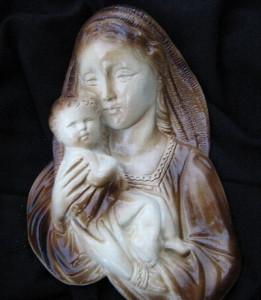 04 - Богородица за стена 4
