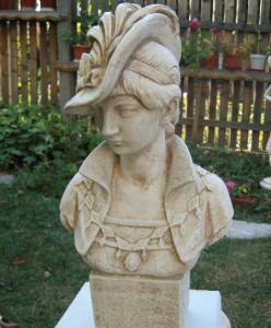 Бюст Дамата с шапка 2